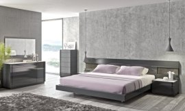 J&M Furniture Braga Grey Lacquer Queen Size Bedroom Set