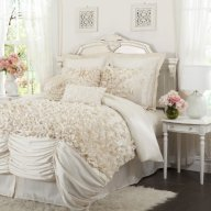 Lush Decor Lucia 4-Piece Comforter Set