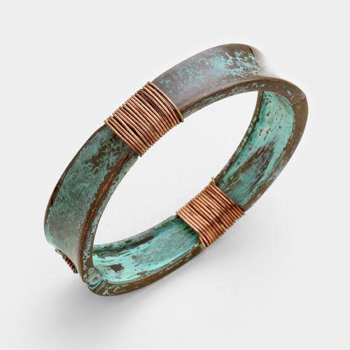 Shining Bee Trendy Coiled Wire Patina Verdigris Hinged Closure Bracelet