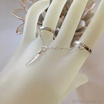 Shining Bee original sterling silver chain linked rings with feather charm